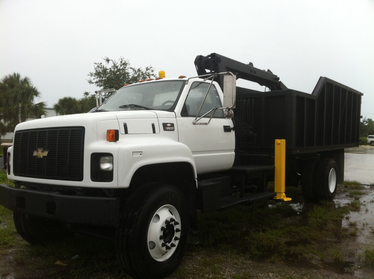 used 2001 gmc grapple truck 8500 for sale on equipmentready com grapple trucks for sale. Black Bedroom Furniture Sets. Home Design Ideas